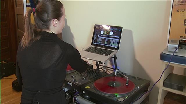 Une académie de DJ pour femmes à Winnipeg