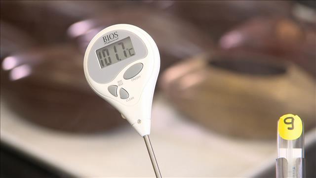 Les thermomètres à bonbon au banc d'essai