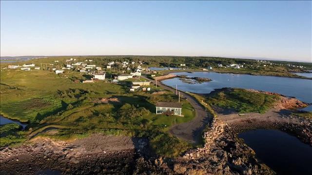 Les îles de l'Atlantique - Isle Madame : Les acadiens des anses