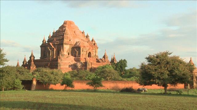 Le Myanmar pleure ses pagodes