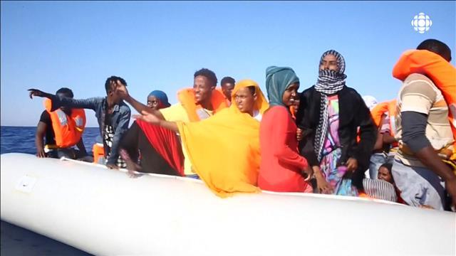 6500 migrants secourus en une journée sur la mer Méditerranée