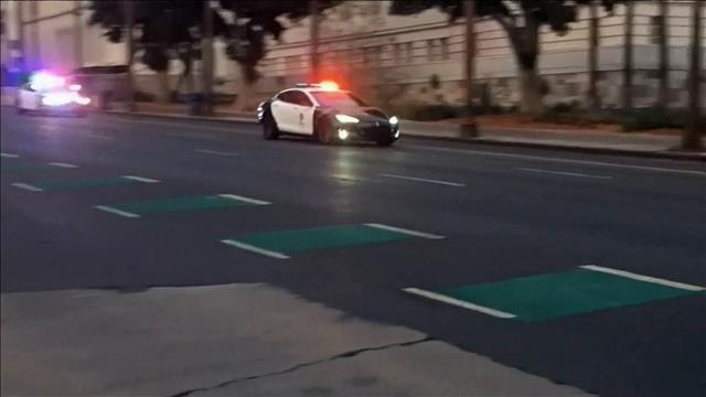 Des voitures électriques de luxe pour des policiers