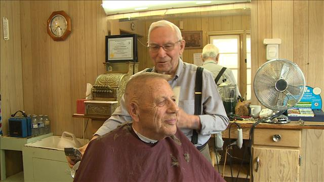 Une visite chez le barbier de Gravelbourg, Leonard Brin
