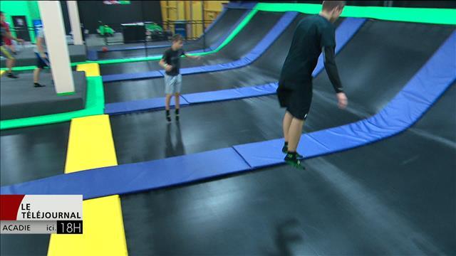 Les nouveaux parcs de trampoline gagnent en popularité dans la région de Moncton