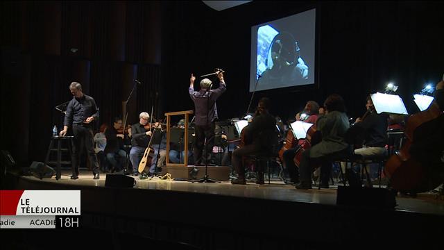 L'ex-astronaute Chris Hadfield accompagne l'Orchestre symphonique de la Nouvelle-Écosse