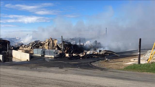 Images des ruines de l'usine Miscou Fish Product détruite par un incendie