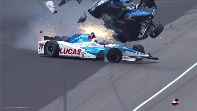 Scott Dixon évite le pire aux 500 miles d'Indianapolis