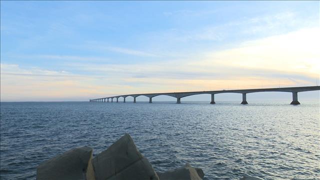 Pont de la Confédération : 20 ans plus tard 1 - visite à l'intérieur du pont