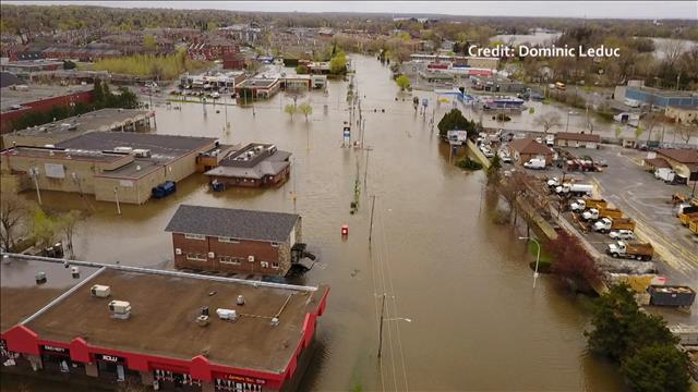 Les inondations dans pierrefonds roxboro vues des airs for Club piscine pierrefonds qc