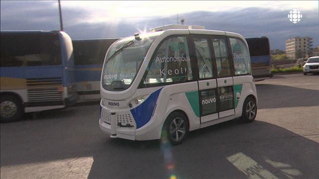 Un minibus sans conducteur à l'essai sur la Rive-Nord