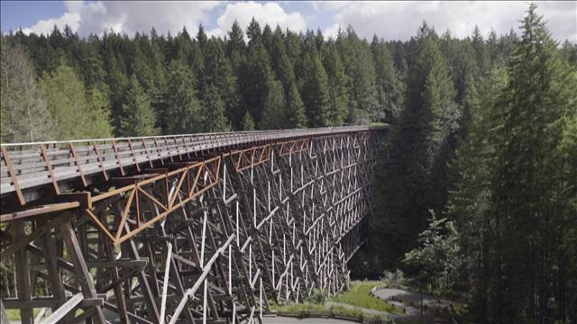 Le plus grand pont sur chevalets en bois au Canada