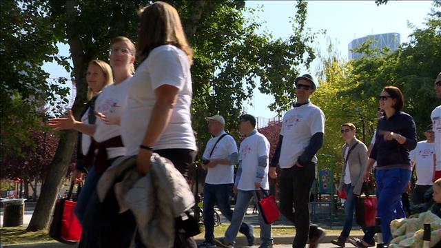 Une marche contre la peur du sida à Calgary