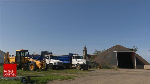 Des camions de déneigement au coeur d'une polémique dans le village de Grande-Anse