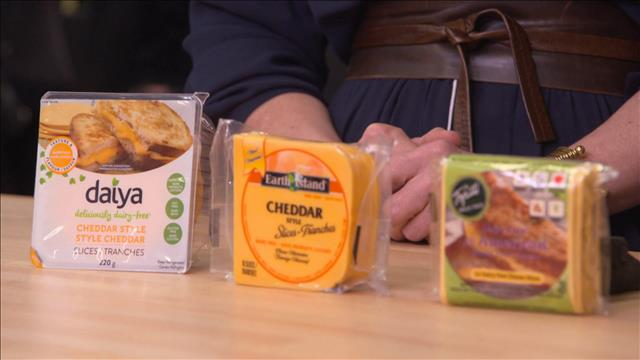 Un test de goût de fromages végétaliens