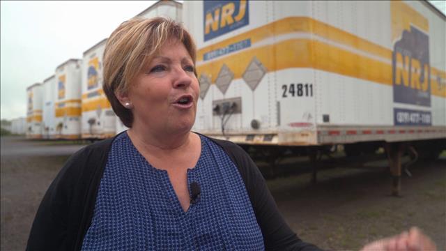 Les camionneurs mènent l'enquête