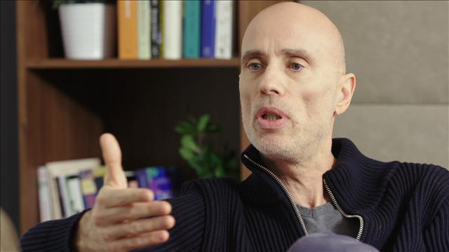 Visionner James Hyndman