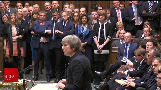 Theresa May reporte le vote sur le Brexit