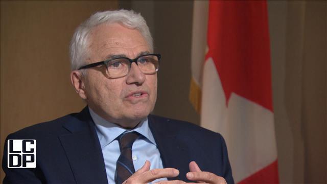 Le commissaire aux langues officielles veut une loi avec plus de mordant