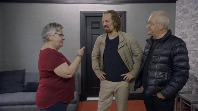 Maxime Le Flaguais rencontre son ancienne professeure de théâtre.