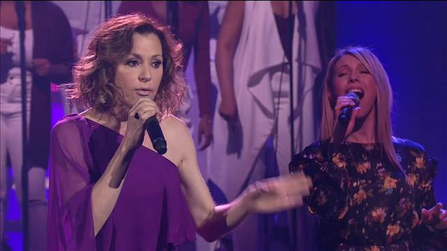 Tina Arena interprète I Wanna Know What Love Is