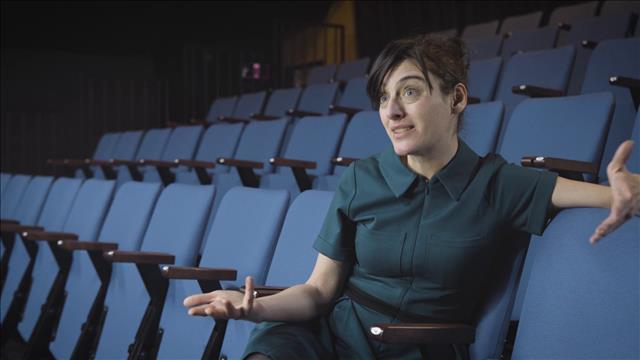 Visionner Alexia Bürger, dramaturge et metteure en scène