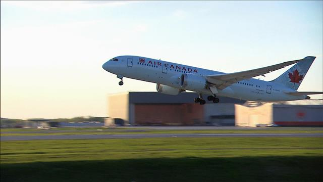 Actualité - crédit voyage : entente entre Air Canada et le fédéral