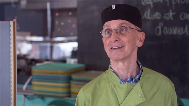 Cuisiner des aliments gâtés au Café L'Itinéraire