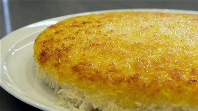 La saveur inusitée de la croûte de riz caramélisée