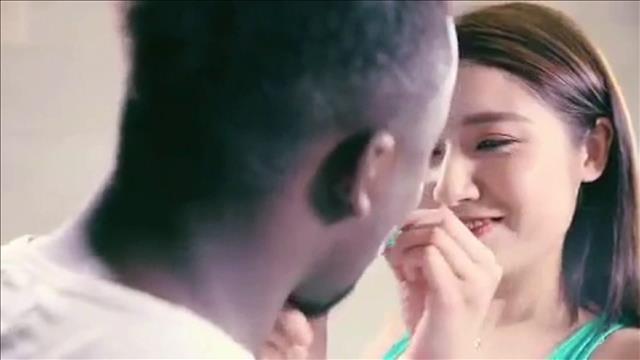 Un fabricant de lessive chinois s'excuse pour une publicité jugée raciste