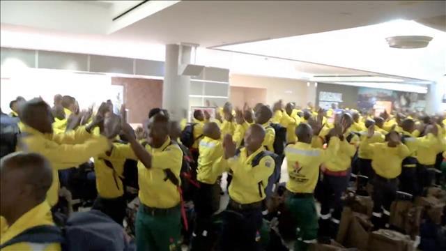 Des pompiers sud-africains en renfort pour Fort McMurray