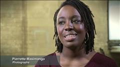 Célébrer le corps des femmes d'âge mûr : portrait de la photographe Pierrette Masimango