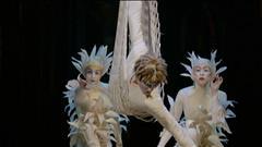 Le Cirque du Soleil présente le spectacle Varekai