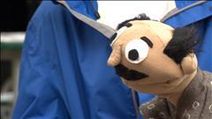 Une marionnette prend vie au Festival fringe de Winnipeg