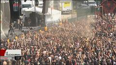 Il y a du monde et beaucoup de spectacles au Rockfest de Montebello