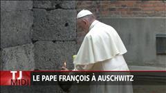 Le pape François de passage à Auschwitz