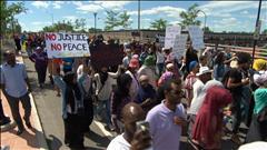 Ottawa : une centaine de personnes à la marche pour Abdirahman Abdi