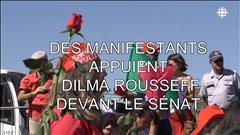 Des manifestants appuient Dilma Roussel devant le Sénat