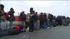 L'évacuation de la « jungle » de Calais a commencé dans le calme