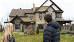Inspecteurs en bâtiment mieux encadrés en Ontario qu'au Québec