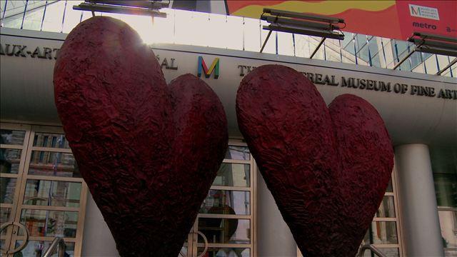 «Coeurs jumeaux de six pieds» de Jim Dine