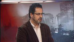 Michel Picard s'est entretenu avec Salah Basalamah, membre de Présence musulmane au Canada, au sujet du port du voile pour les joueuses de soccer au Québec.
