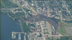 Mardi 8h - Vue aérienne de la dévastation de Lac-Mégantic