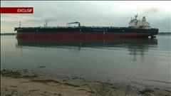 Un navire pétrolier géant a jeté l'ancre à Sorel-Tracy