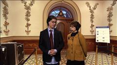 Jean-René et Chantal commentent la cérémonie d'assermentation des nouveaux ministres