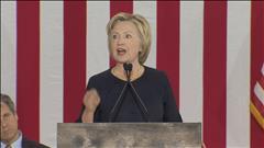 Réactions différentes d'Hillary Clinton et de Donald Trump