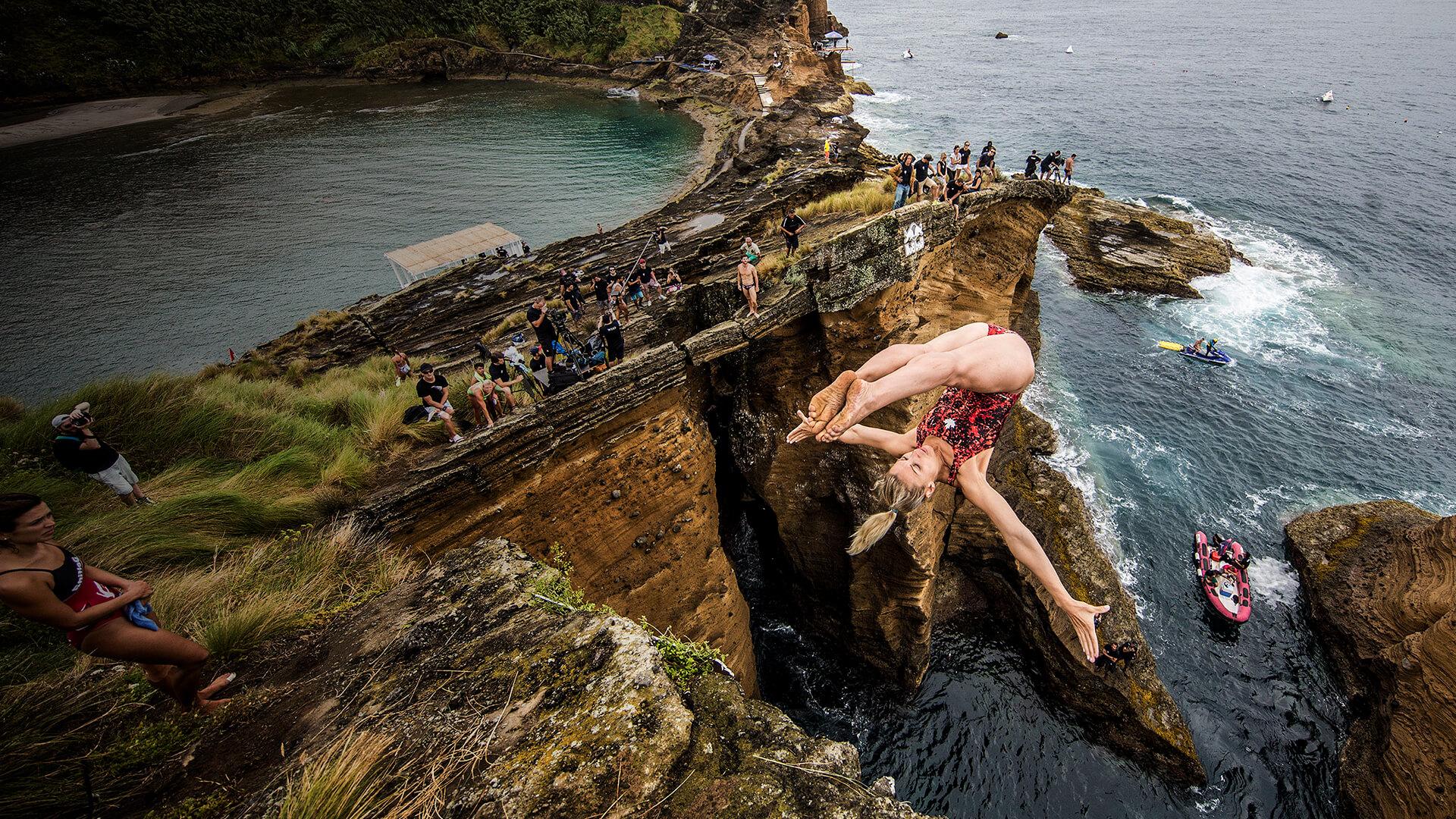Le plongeon extrême, aussi spectaculaire que dangereux