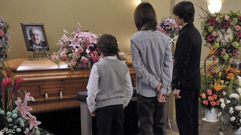La mort : Pour en chasser la peur, il faut en parler... - Page 5 Les_parents