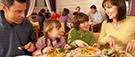 Les restaurants offrent des menus peu nutritifs aux plus jeunes