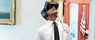 Des Québécois expérimentent la réalité virtuelle avec Obama